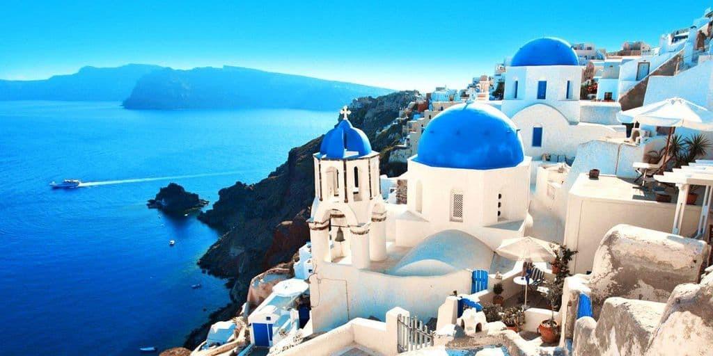 Nghĩ về Santorini xinh đẹp qua lời kể của cô nàng Hà Nội mê xê dịch